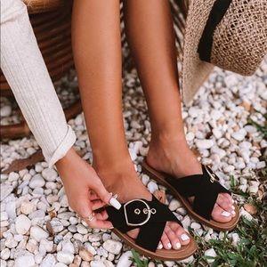 Black Adjustable Buckle Criss Cross Sandals